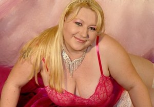BustyEdith - molliges livesex luder